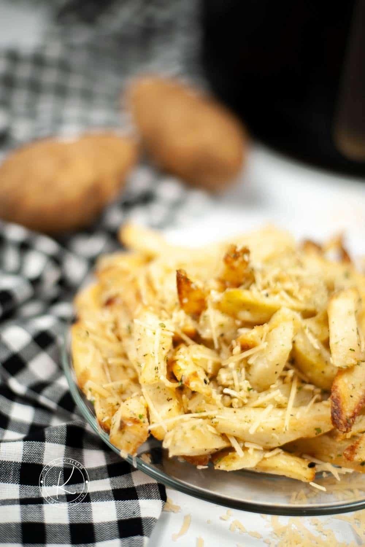 Air Fryer Garlic Parmesan Fries   kimschob.com