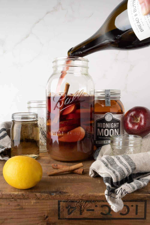 Apple Shine Sangria | kimschob.com