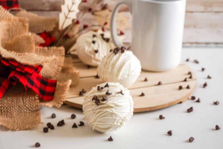 White Chocolate Chp Hot Cocoa Bomb Hot Chocolate Bombs Recipe • Kim Schob